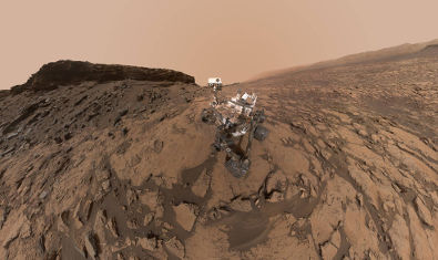 September 2016 self-portrait of NASA's Curiosity Mars rover shows the vehicle at the